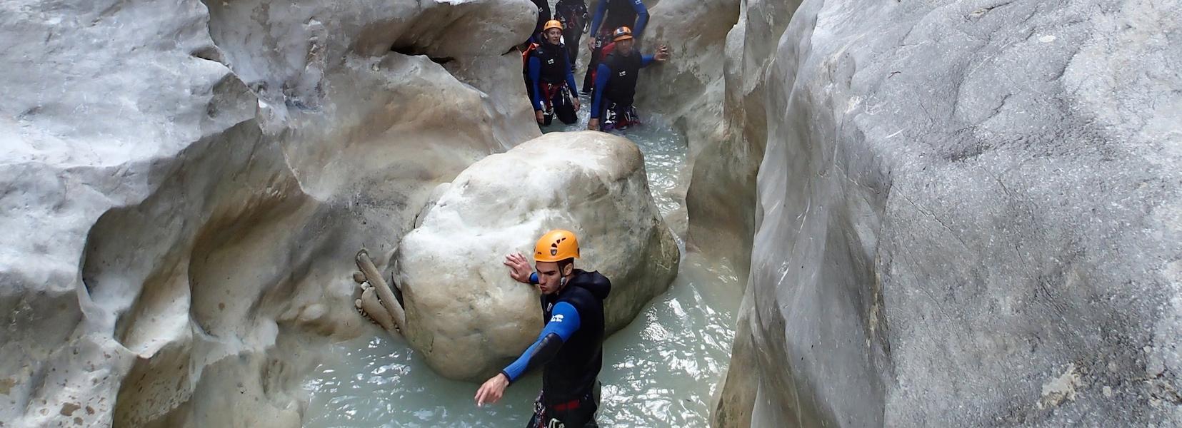 Journée canyoning dans le canyon de Riolan dans les Alpes Maritimes 06.