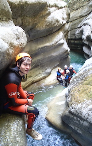 Descente en canyoning dans les Alpes Maritimes 06 : canyon de Cramassouri.