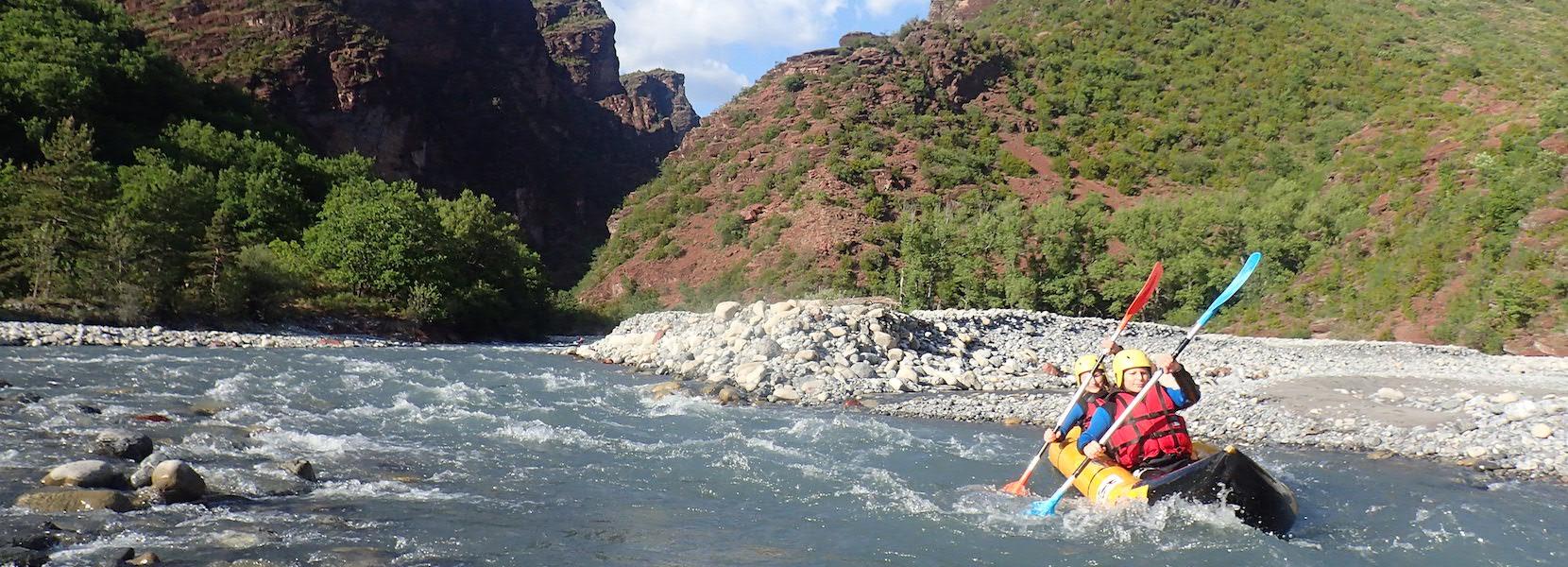 Descente des Gorges de daluis en kayak.