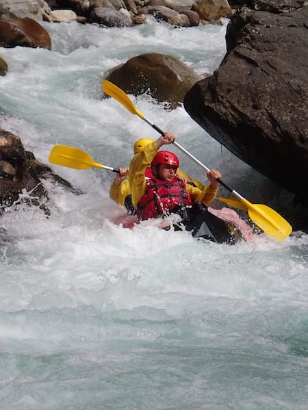 Descente en kayak sportif des Gorges de la vésubie dans les Alpes Maritimes 06 Nice.